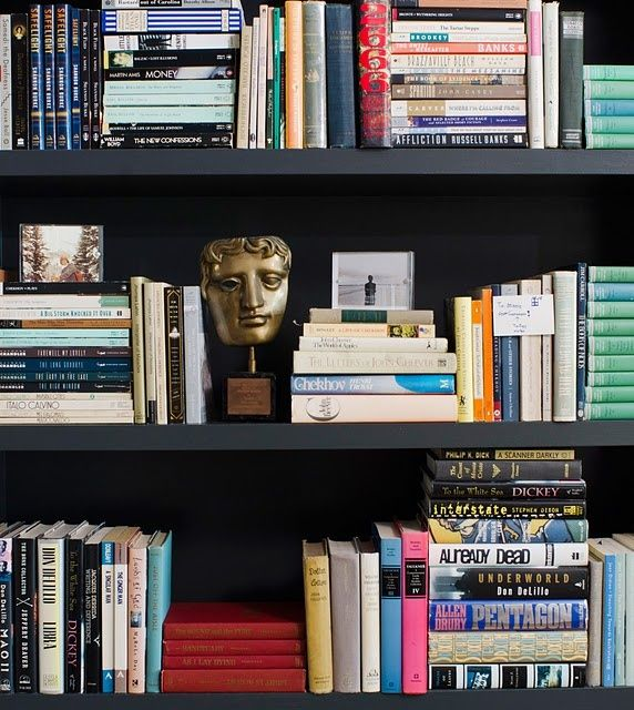 Interesting Way To Display Books Styling Bookshelves Book