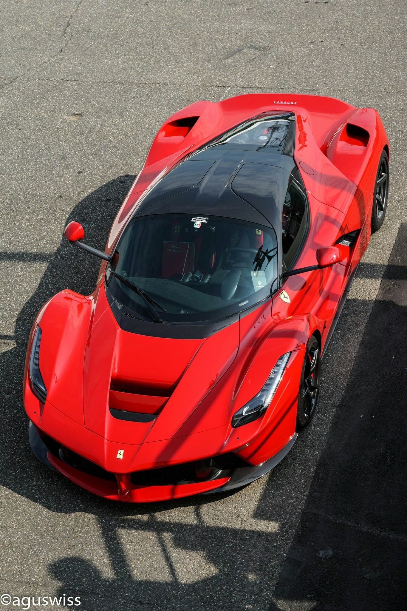 Laferrari With Images Super Cars Luxury Hybrid Cars Sports