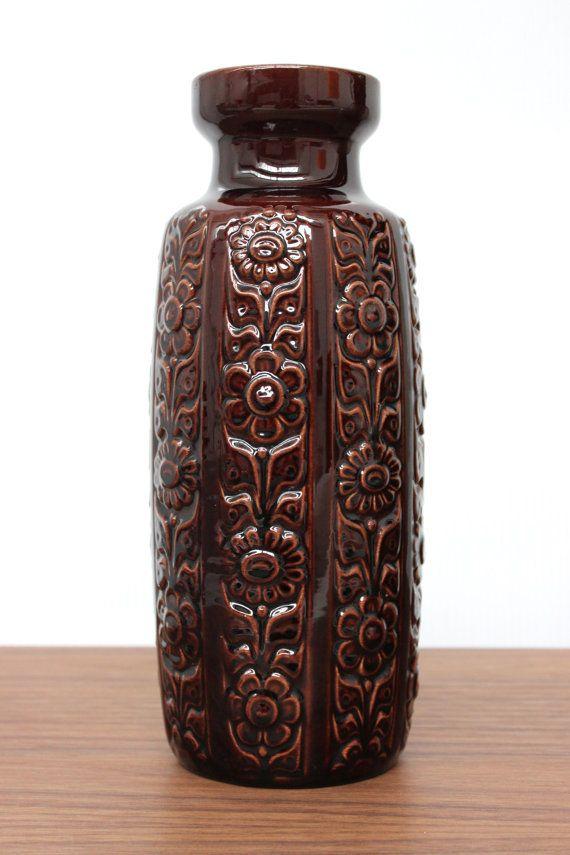 Vintage Keramik Vase Vom Deutschen Keramik Hersteller Scheurich Aus Den 60er Jahren Die Dunkelbraune Keramik West German Pottery German Ceramics Vintage Vases