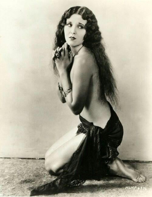 CLASSIC HOLLYWOOD — Raquel Torres (1929)
