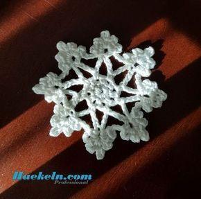 Schneeflocke Elsa • Häkeln Weihnachten Anleitung kostenlos #häkeln #häkelvorlagen #häkelanleitung #weihnachten #handarbeiten #kostenlos