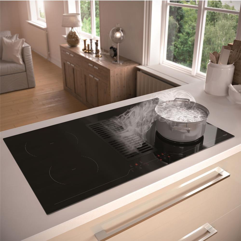 plaque de cuisson avec hotte integree