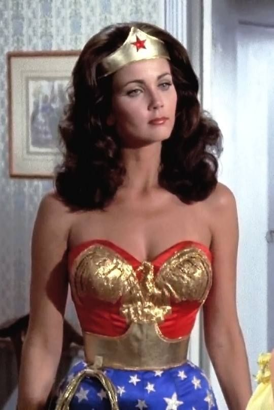 Who played wonder woman in the 80s-2004