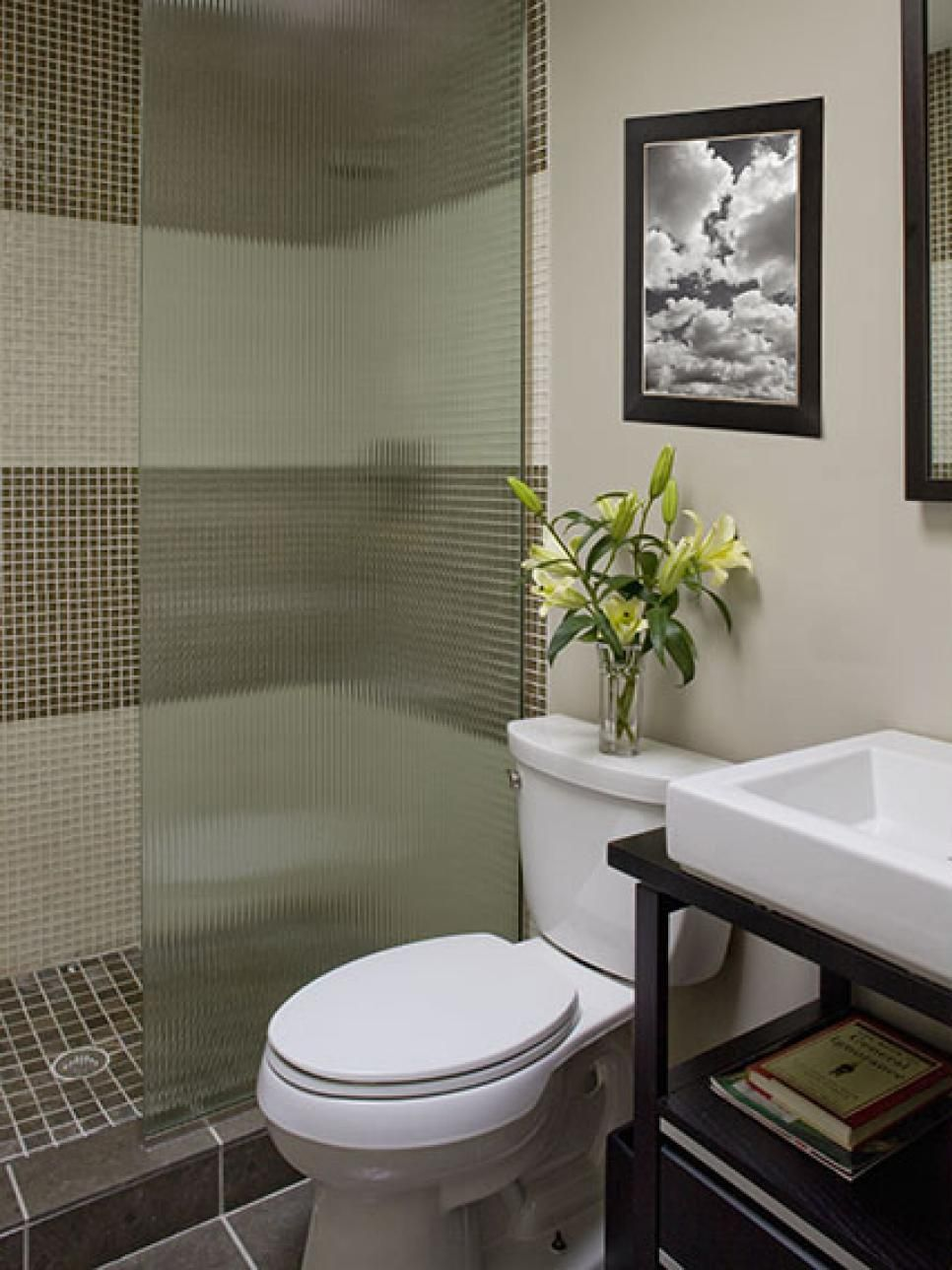 Bathroom Layouts That Work Small Spaces Spaces And Room - Design your bathroom layout