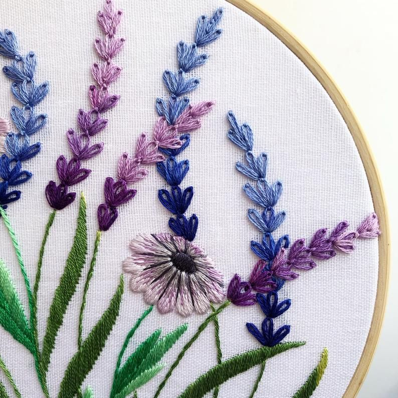 Lavender And White Daisy Hand Embroidery Pattern Digital Etsy Hand Embroidery Pattern Embroidery Stitches Tutorial Hand Embroidery Designs