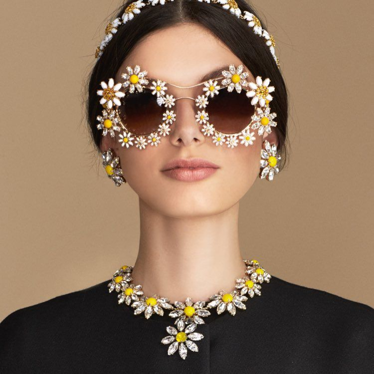 """""""""""Loves Me, Loves Me Not"""" until the last petal. Discover the Daisy collection at the link in bio. #DGeyewear#DGwomen #dolcegabbana ❤️❤️❤️❤️❤️❤️#dgfamily"""""""
