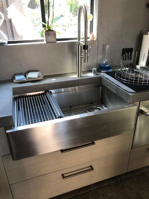 Lip For Drying Mat In 2020 Modern Kitchen Storage Clever Kitchen Storage Modern Kitchen