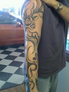 Tribal Bass Tattoo : tribal, tattoo, Photo:, Still, Going, Tribal, Tattoos,, Indian, Feather, Tattoos