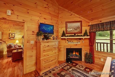 Whispering Pond Cabin Rental Cabin Rentals Honeymoon Cabin Romantic Cabin Getaway