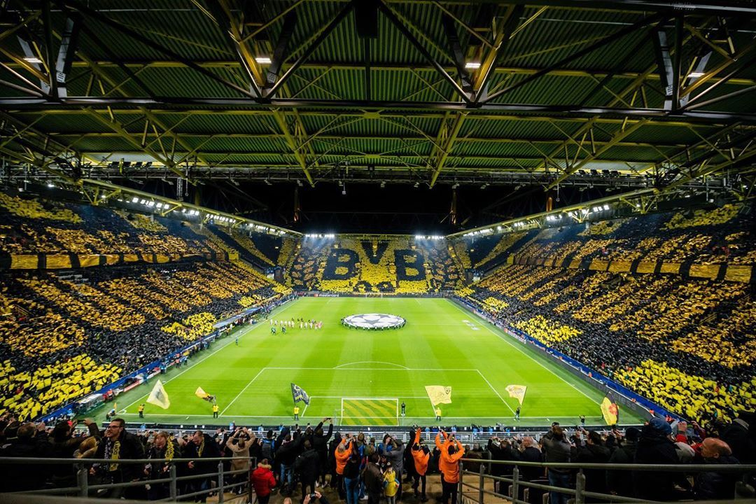 398 1k Likes 2 039 Comments Borussia Dortmund Bvb09 On Instagram Wir Haben Einfach Die Besten Fans Der We In 2020 Borussia Dortmund Dortmund European Soccer