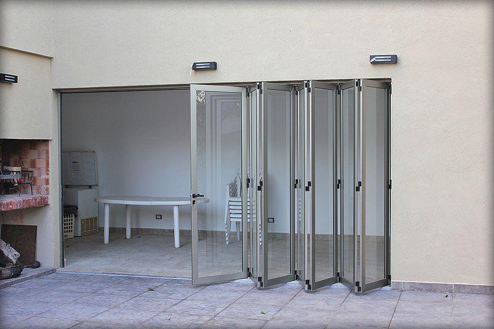 Puertas plegadizas batlo carpinteria de aluminio facee pinterest - Puertas plegables aluminio ...