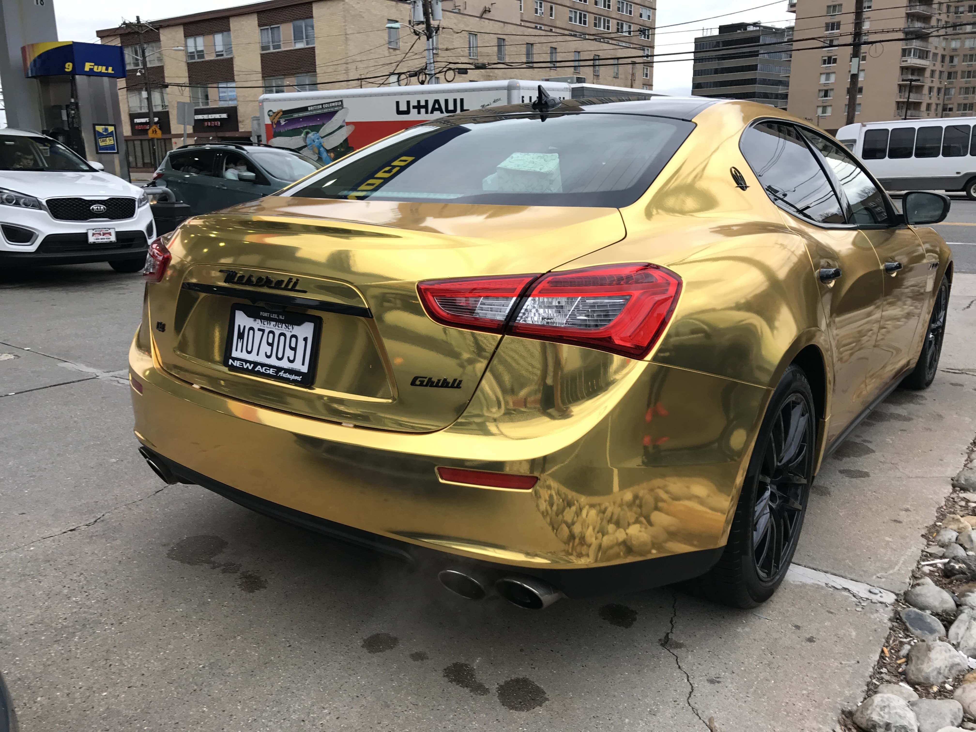 Pin Auf Cars In Gold Autos In Gold