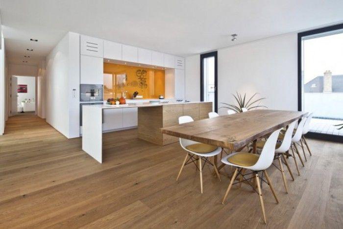 witte keuken met wit werkblad en houten vloer - Google zoeken - weiße küche graue arbeitsplatte