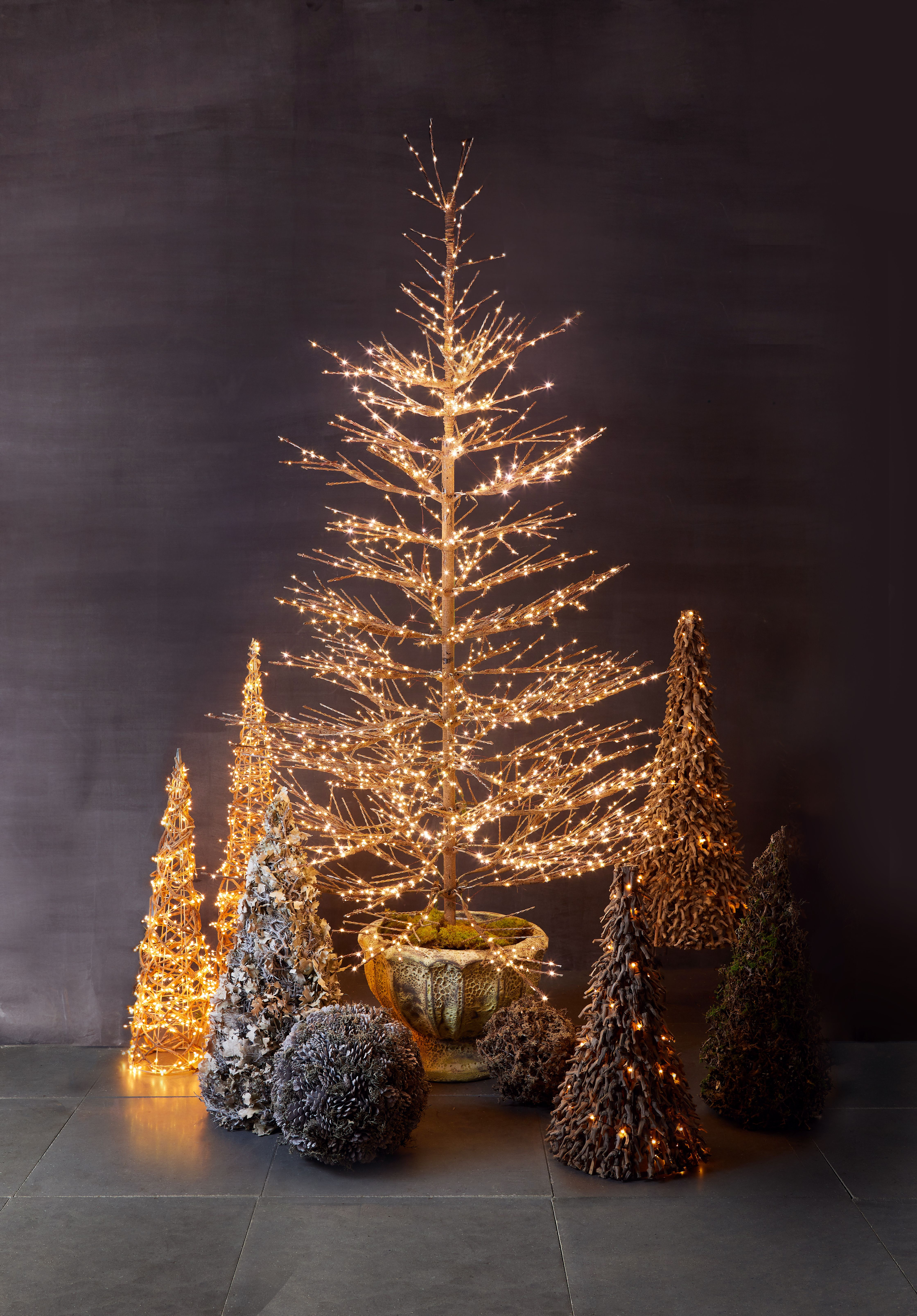 Pin By Terrain On Win A Natural Holiday In 2020 Holiday Tree Decorations Faux Tree Patio Container Gardening