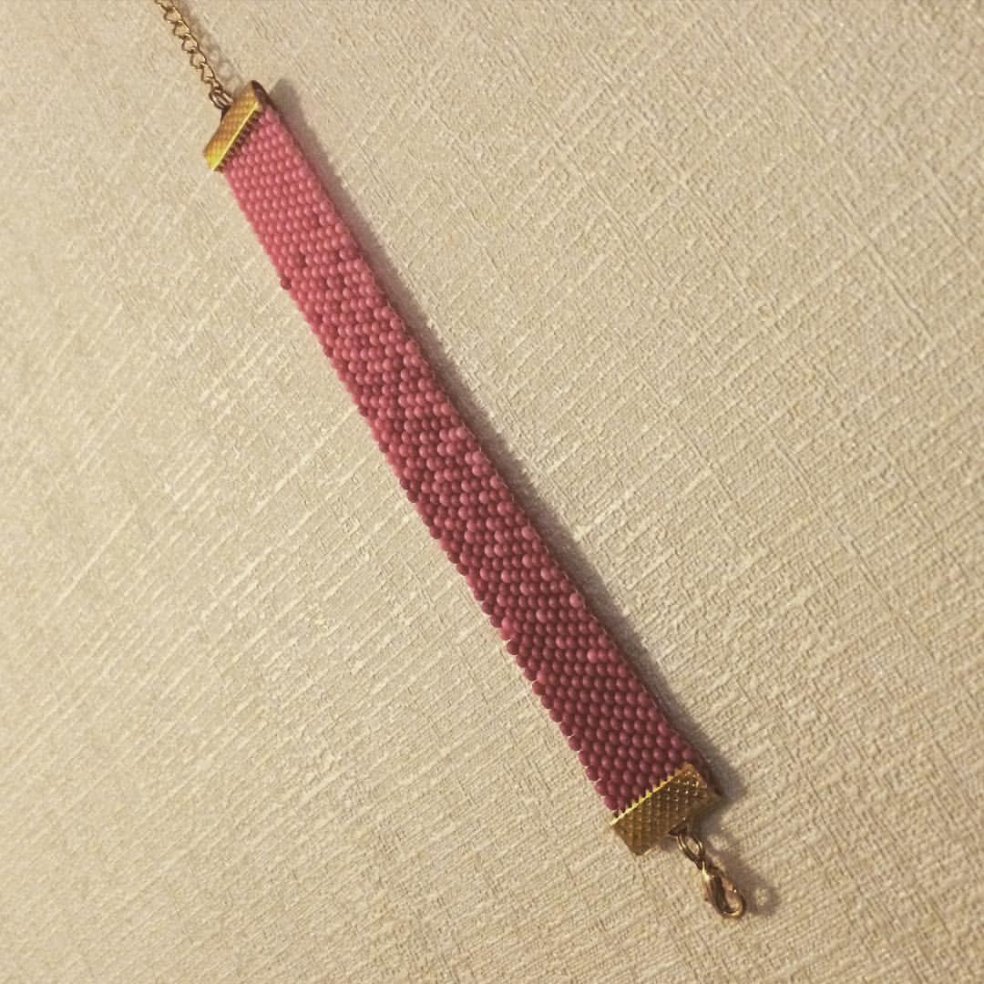 Laga armbånd til fadderungen   #seedbeads #diy #armcandy #pink #gradient #peyotestitch
