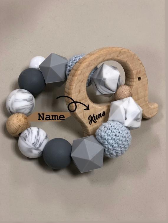 Greifling mit Name, personalisierte Geschenk, Babyrassel, Woodentoys, Greifling Elefant