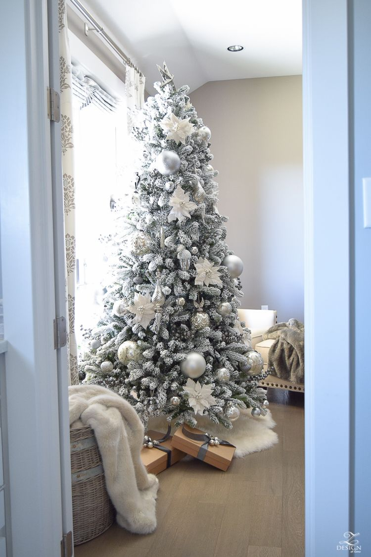 Decked & Styled Holiday Tour - A Christmas Bedroom