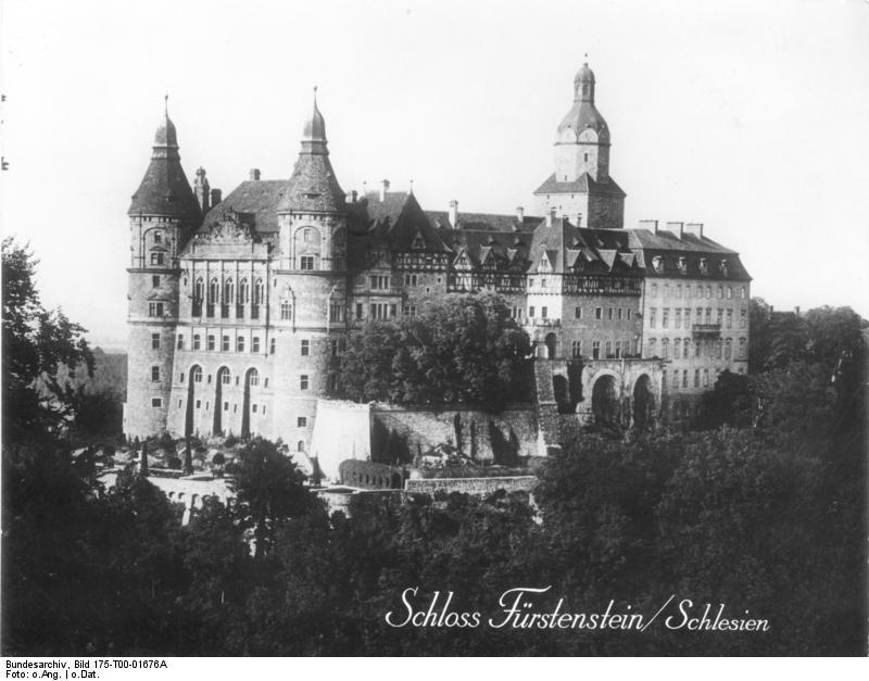 Bundesarchiv Bild 175-T00-01676A, Schloss Fürstenstein, Schlesien - Schloss Fürstenstein – Wikipedia