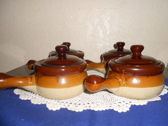 4 Vintage Stoneware French Onion Soup/Chili Ceramic Serving Bowls With Lids
