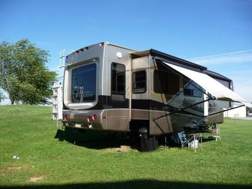Pin By Rv Registry On Fifth Wheels Used Rv Fifth Wheel Trailers