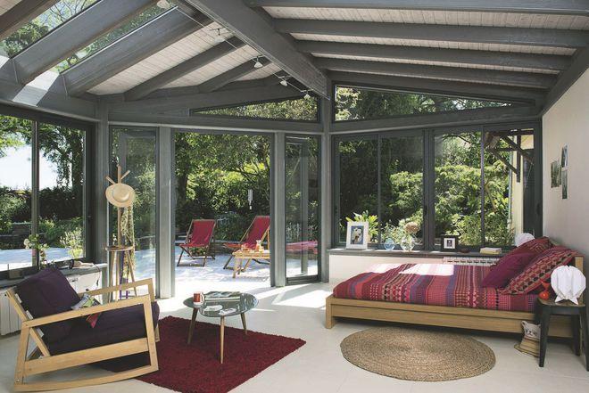 Une véranda en guise de chambre | Extension maison, Déco chambre sous comble, Veranda design
