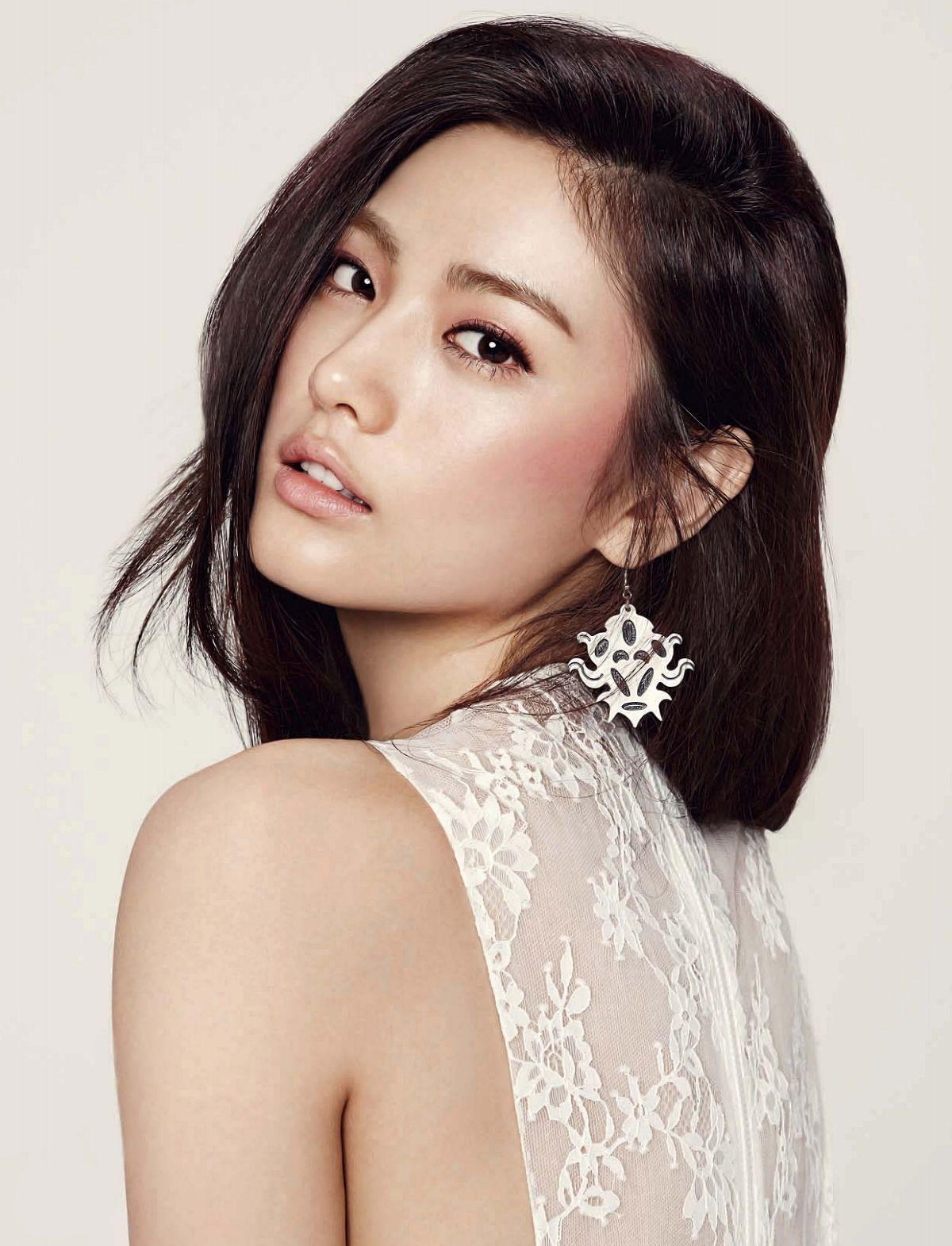 Pin on Asian Beauties