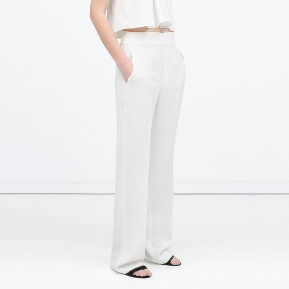 974d21ea new   Zara Wide Leg Off White Crepe Trouser Pants Trend of the moment: high  waisted wide leg trousers. These pants from Zara are made of a luxurious  crepe ...