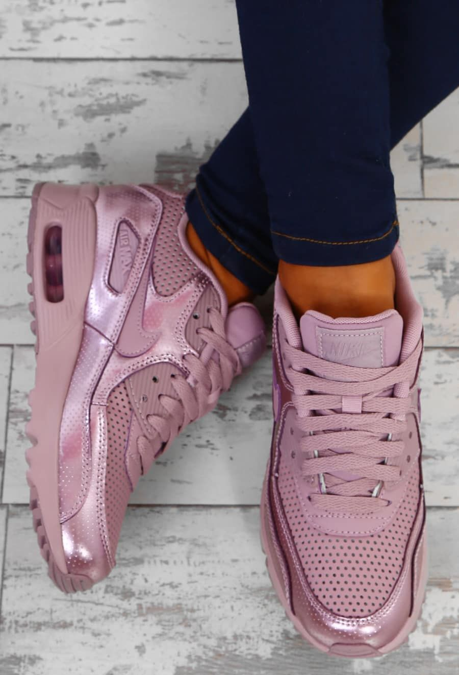 2814f1a4588a Nike Air Max 90 SE Elemental Rose Trainers - UK 3