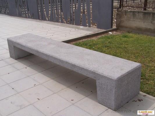 Bancos Hormigón Arquitectónico Aposta Tono Gris Granítico Textura Decapada Peso 750 Kg Dimensiones Banco De Hormigón Fogones Para Patio Banco De Plaza