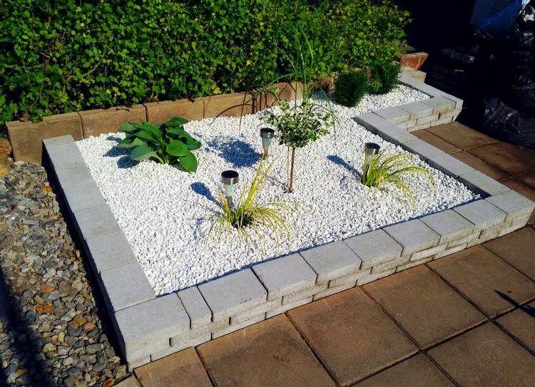 am nagement petit jardin 41 id es superbes pour embellir la fa ade arbres nains petits. Black Bedroom Furniture Sets. Home Design Ideas