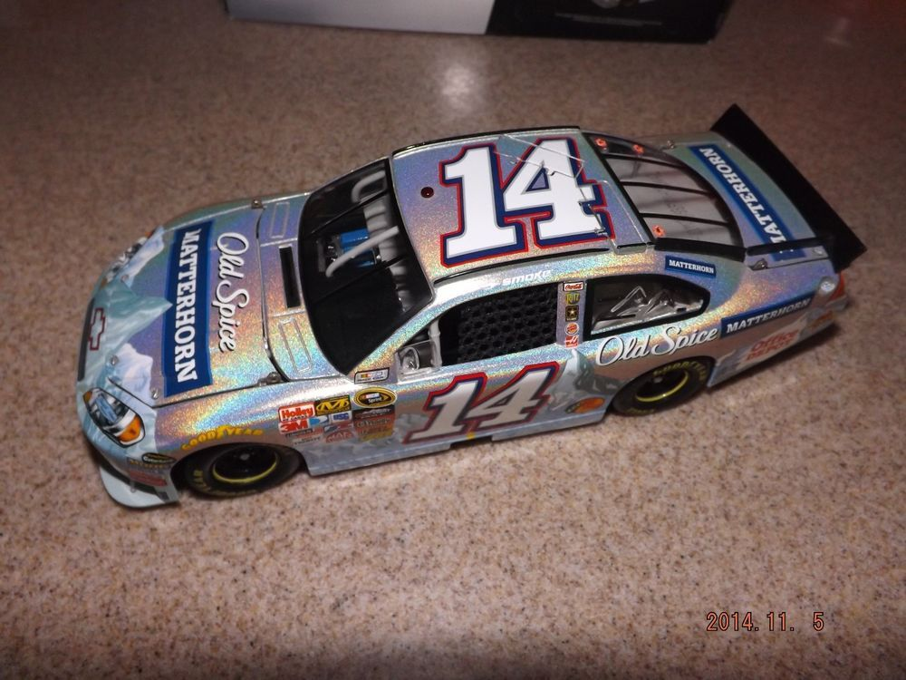 RUSTY WALLACE ABD TONY STEWART 1 24 DIECAST CARS IN BOXES