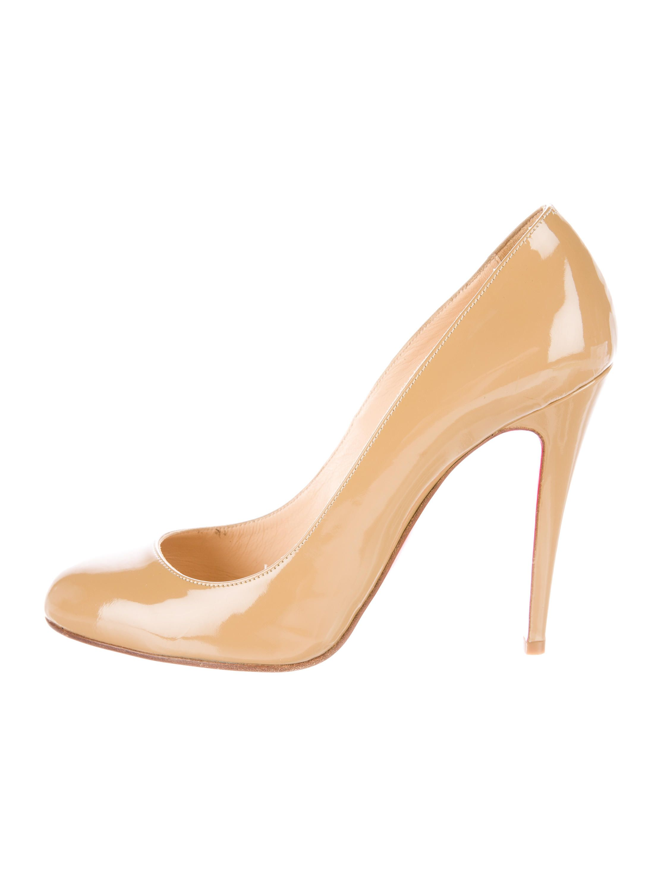 7ea2d311525d Tan patent leather Christian Louboutin round-toe Simple pumps with tonal  stitching and covered heels