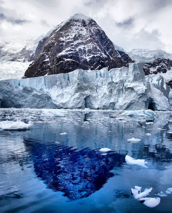 Antarctica is definitely top of my bucketlist for places for Antarctica places to stay