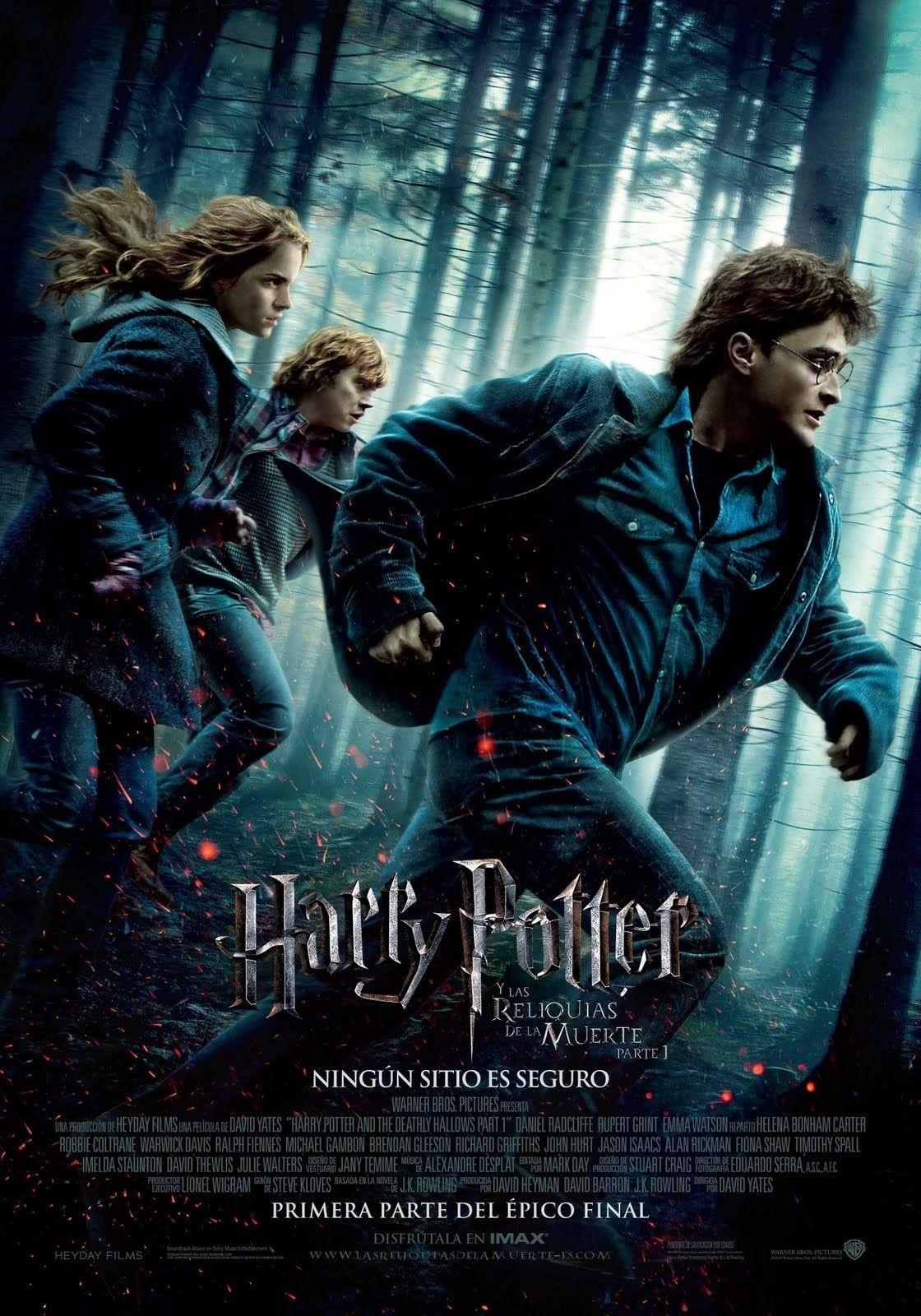 Primera Parte De La Adaptacion Al Cine Del Ultimo Libro De La Saga Harry Potter Harry Pot Harry Potter Movie Posters Harry Potter Film Deathly Hallows Part 1