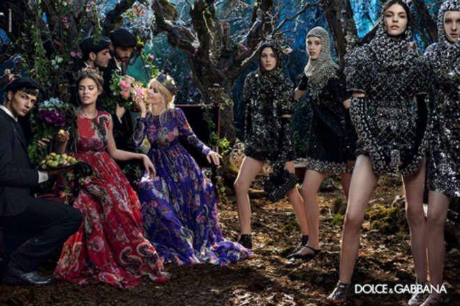 Torna Claudia Schiffer: in posa con Bianca Balti per D&G - Il Messaggero