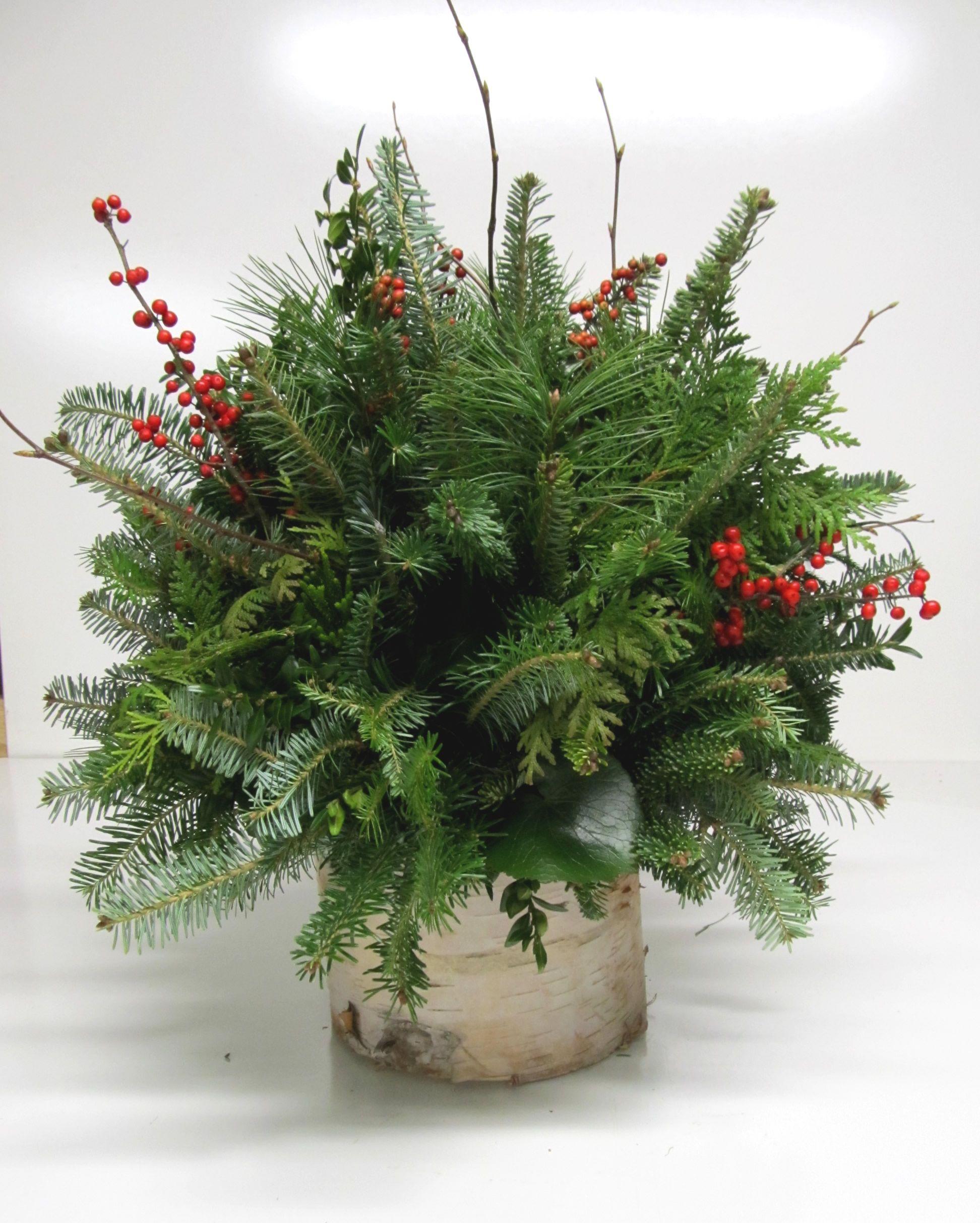 Christmas arrangements centerpieces greenery