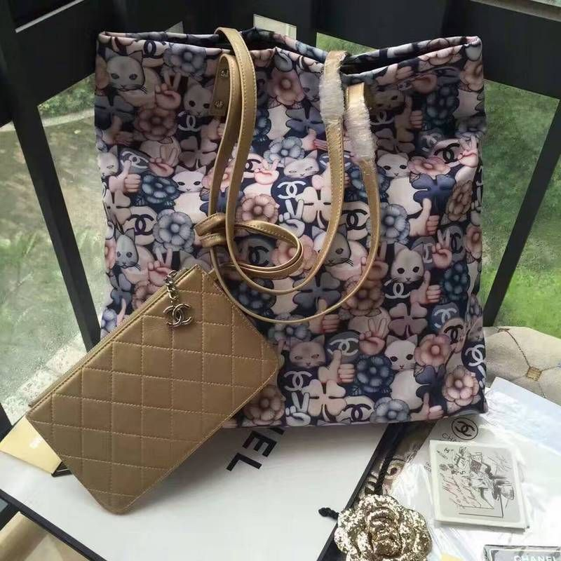 Chanel handbag size 41X9X38CM