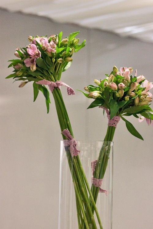 Alstroemerias in bunches The Bridal Bouquet Pinterest Arreglos - decorar jarrones altos