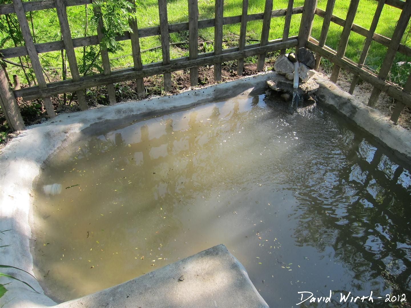 Diy Concrete Pond With Pool Filter Ponds Water Features