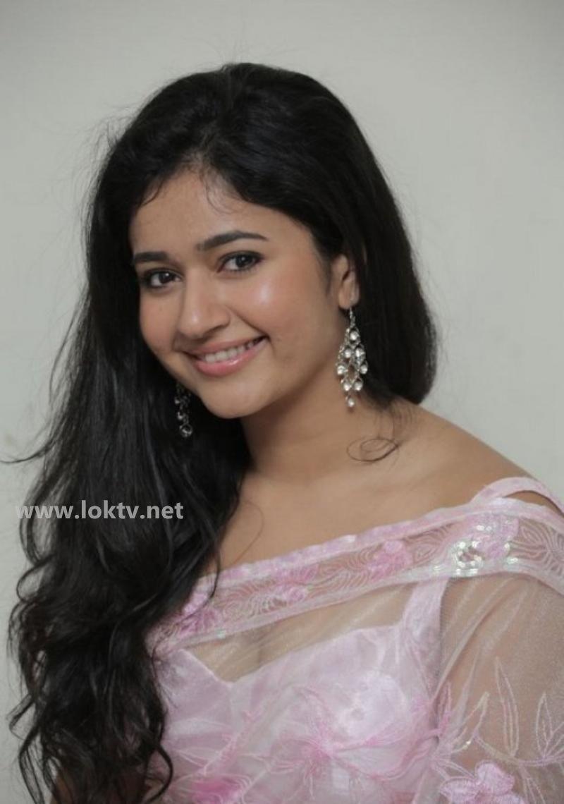 Madhu Shalini Hot Sex Complete poonam bajwa latest saree stills | telugu film news | pinterest