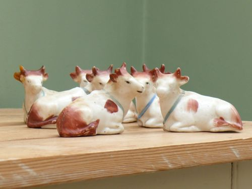 Superb 19thc Staffordshire Herd Of Porcellanous Cows In Recumbent Pose Ebay Pottery Art Staffordshire Pottery