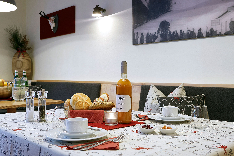 Breakfast at Chalet Amalien Haus, St Anton. Ski holidays with flexiski.