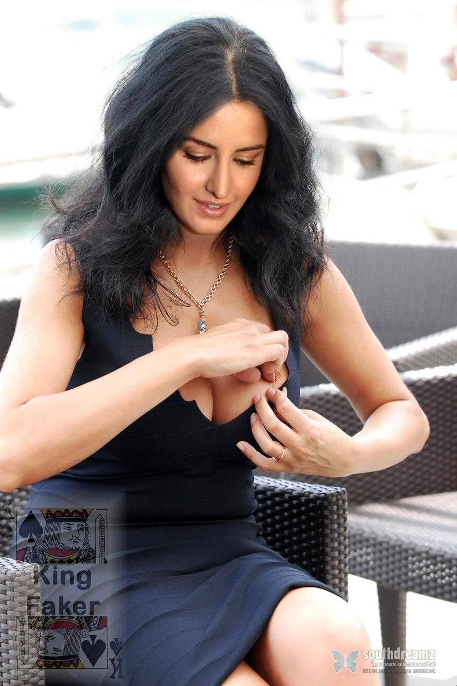 Bollywood-Sexy-Actress-Katrina-Kaif-Hot-Desi-Masala -9266