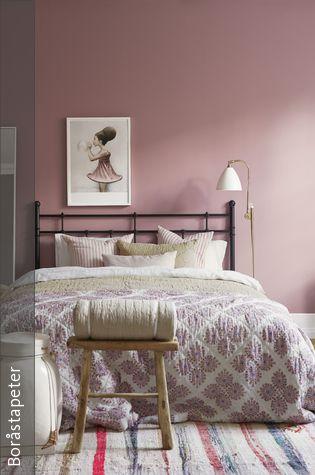 Wandfarbe Und Bettwasche In Rosa Altrosa Wandfarbe Wandgestaltung Schlafzimmer Altrosa Schlafzimmer