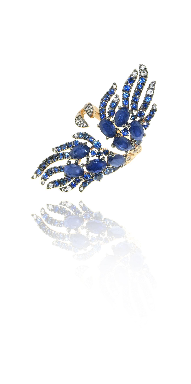 Noor ring in 18kt rose gold, diamonds and sapphires. #CASATO - www.casatogioielli.com