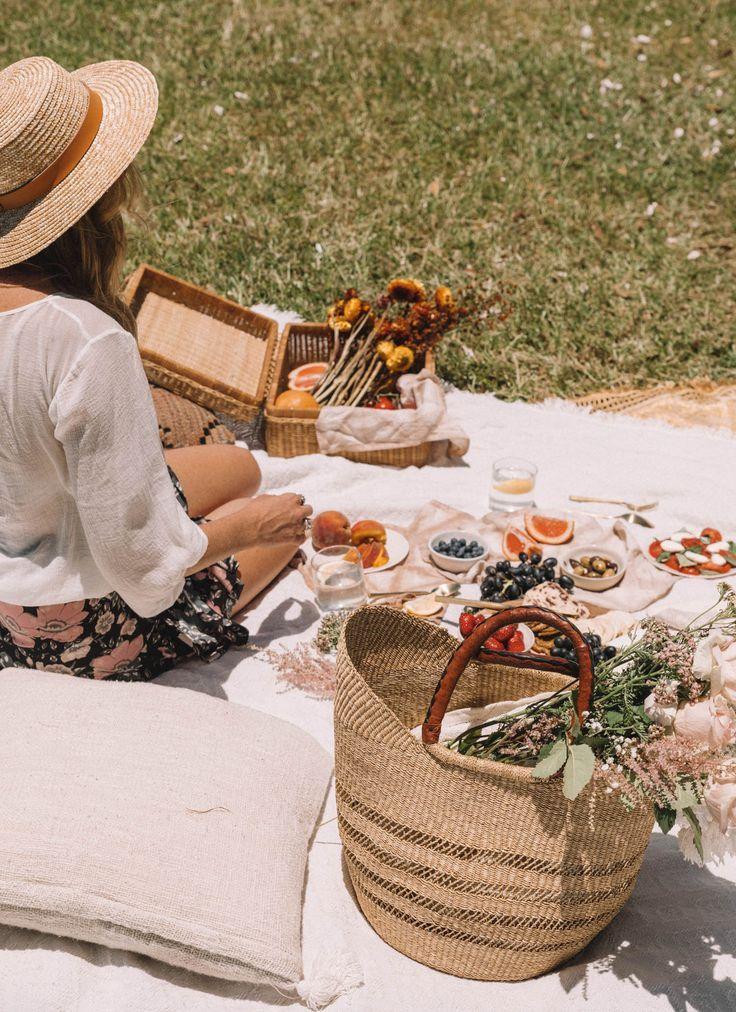 DIY Cutlery Holder | Picnic, Summer picnic, Picnic time
