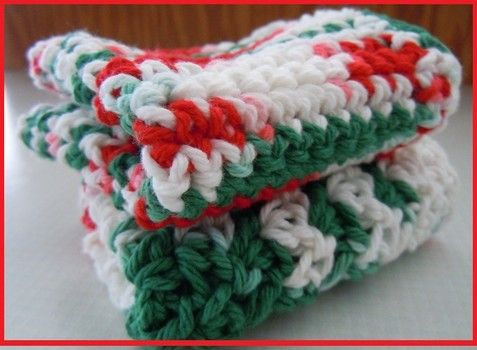 Easy to crochet Christmas dishcloth patterns