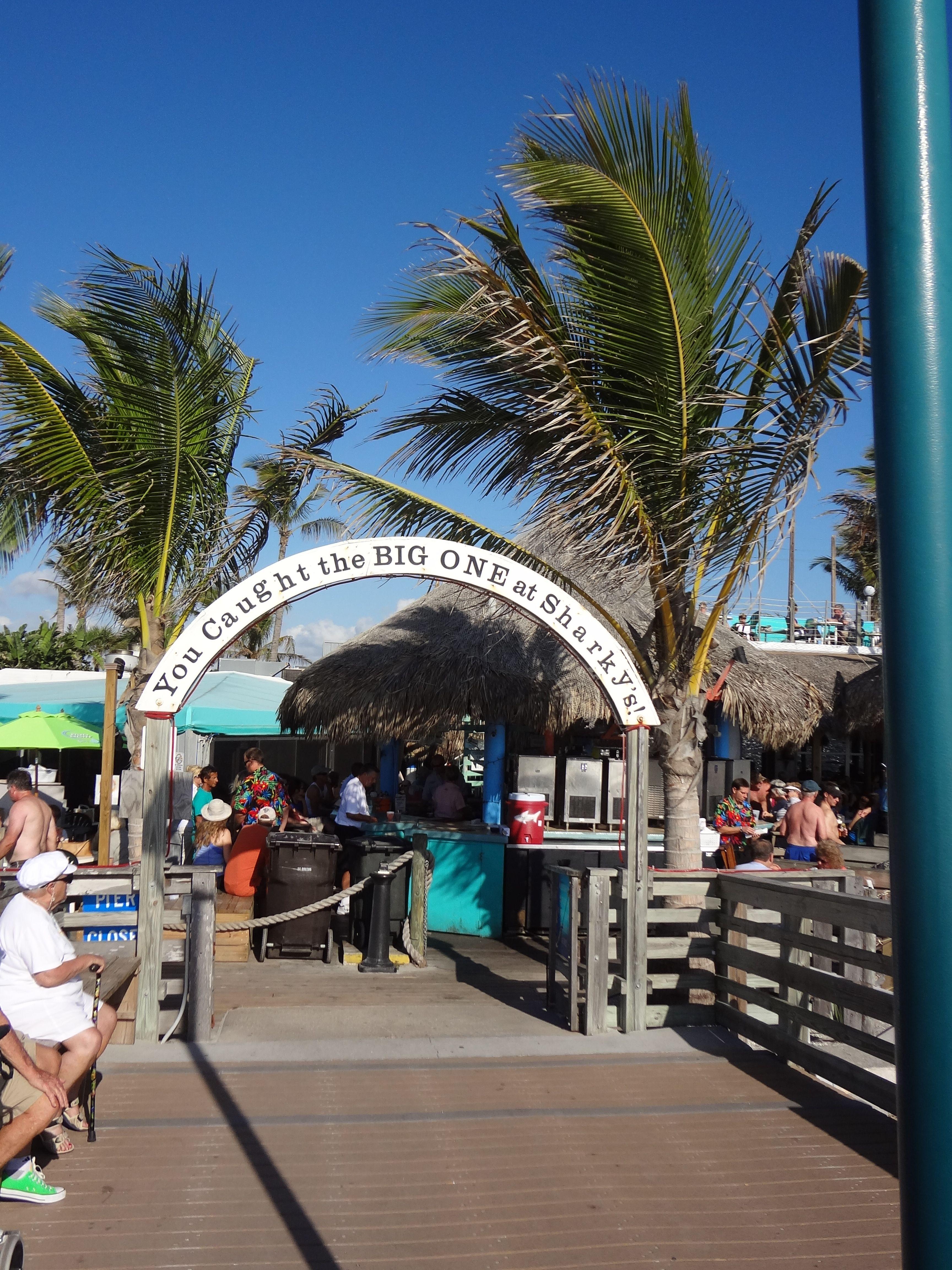 Sharkey's Restaurant Venice Beach