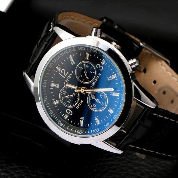 1 قطعة أزياء ووتش رجال جلدية الشريط محاكاة ثلاث عيون الطلب مضيئة كوارتز ساعة في الهواء الطلق Vova Mens Casual Watches Wrist Watch Brands Business Watch