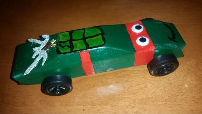 Ninja Turtle pine derby car. Raphael | kid's craft stuff ...
